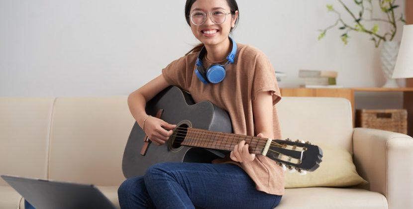 Can I Teach Myself Guitar