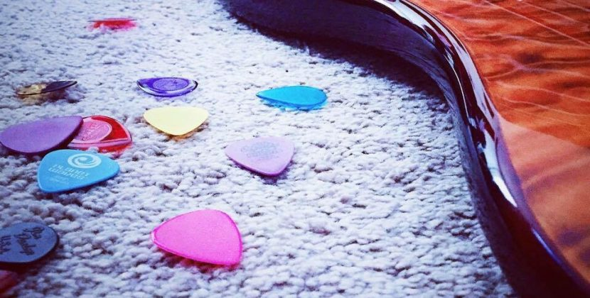 How Do I Stop My Guitar Picks From Dropping